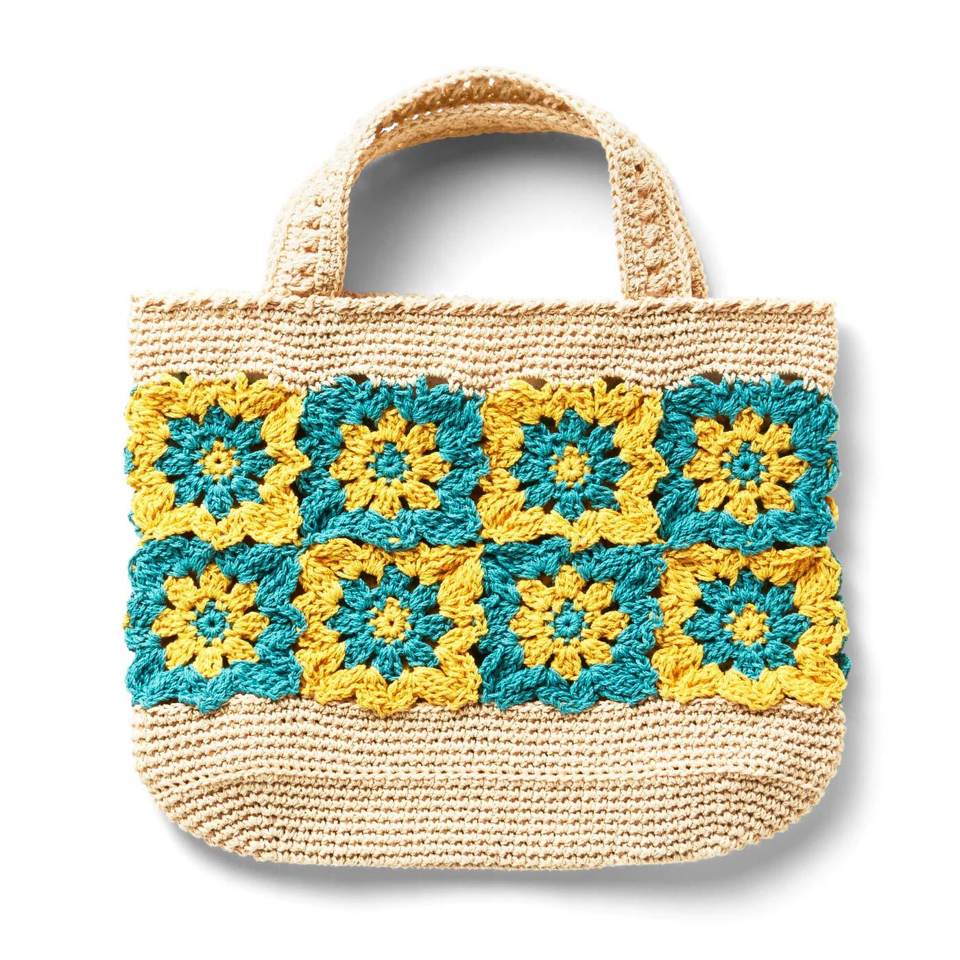 ビタミンカラーのモチーフつなぎバッグ 縦約17cm、横約26.5cm、まち幅約7cm ※すべて持ち手を含まないサイズです。