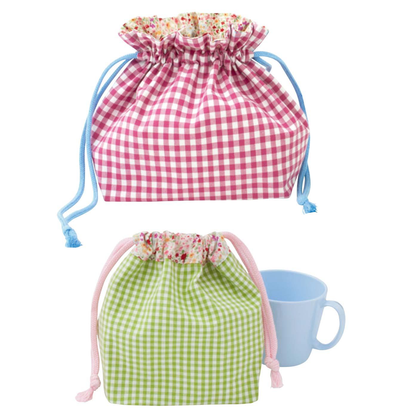 お弁当袋 縦約18.5cm横約16cm、まち幅約10cm コップ袋 縦約15cm、横約9cm、まち幅約9cm