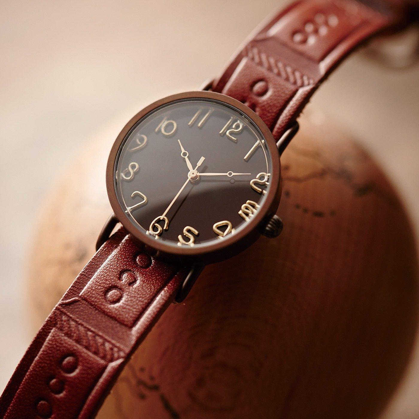 【2月お届け・雑貨便】職人本革のチョコバイヤーの腕時計〈栃木レザー製板チョコベルト〉