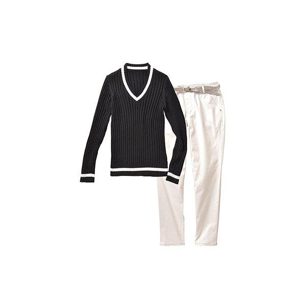 ニットとホワイトパンツのセット(ブラック×ホワイト)