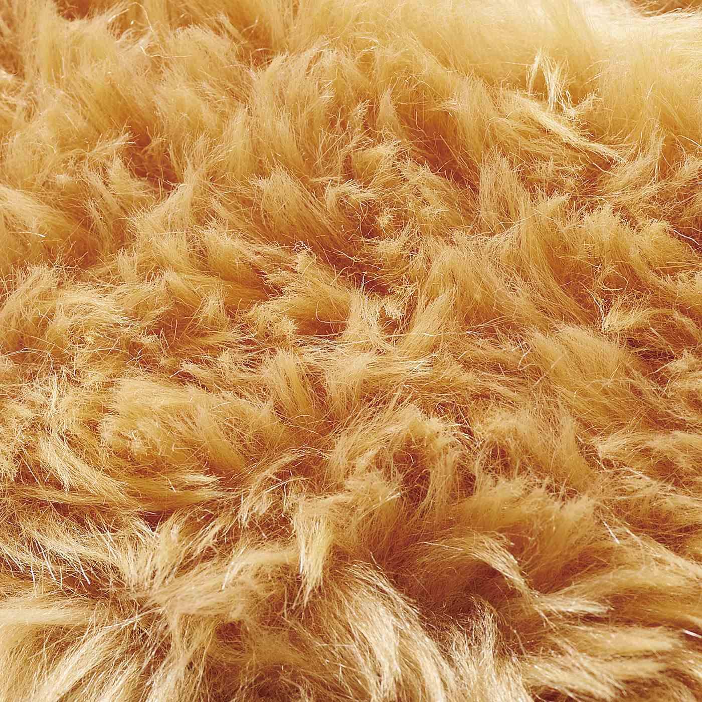 ふーちゃんの毛並をイメージしたやわらかなフェイクファー。