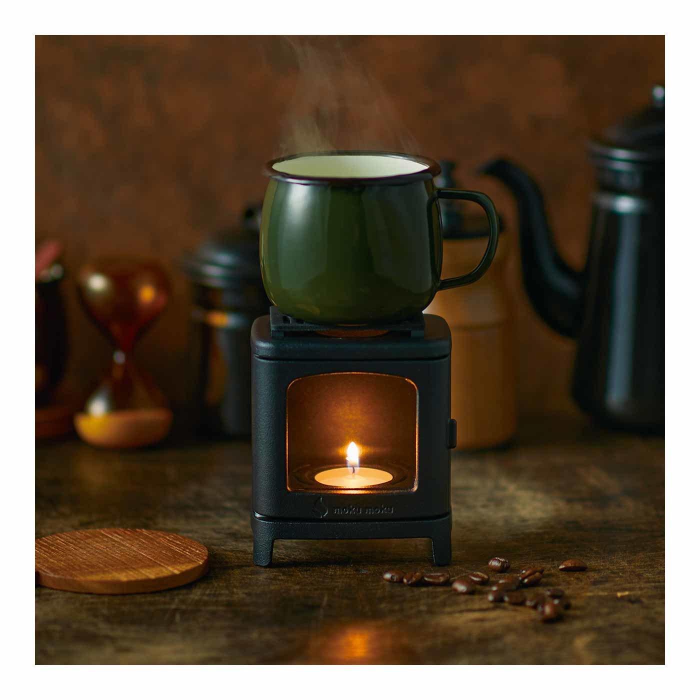 コーヒーウォーマーとしても使える小さなまきストーブランプ