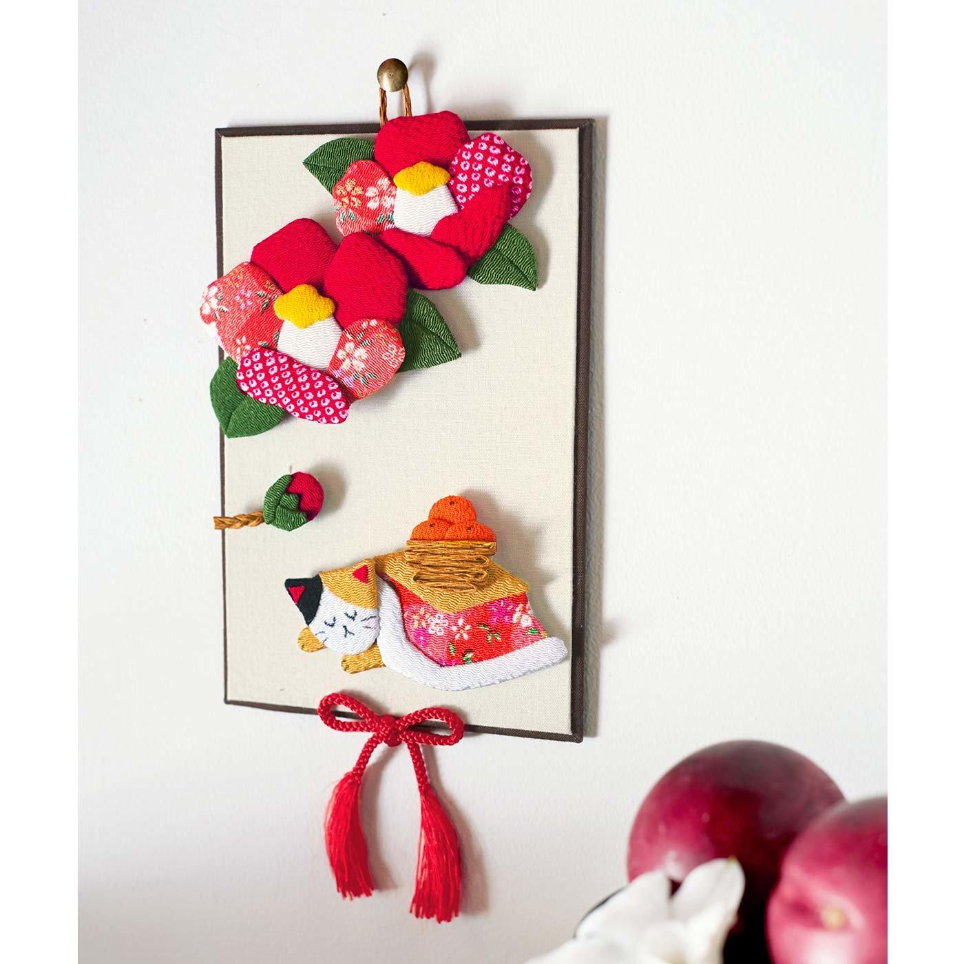 家族と一緒に季節のうつろいを楽しむ 押し絵の壁飾り