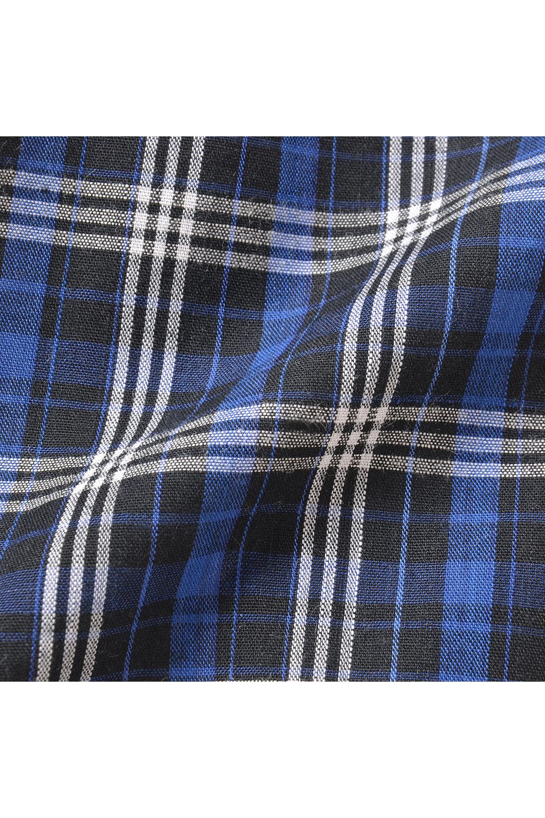 腰まわりをカバーするふんわり布はく素材。