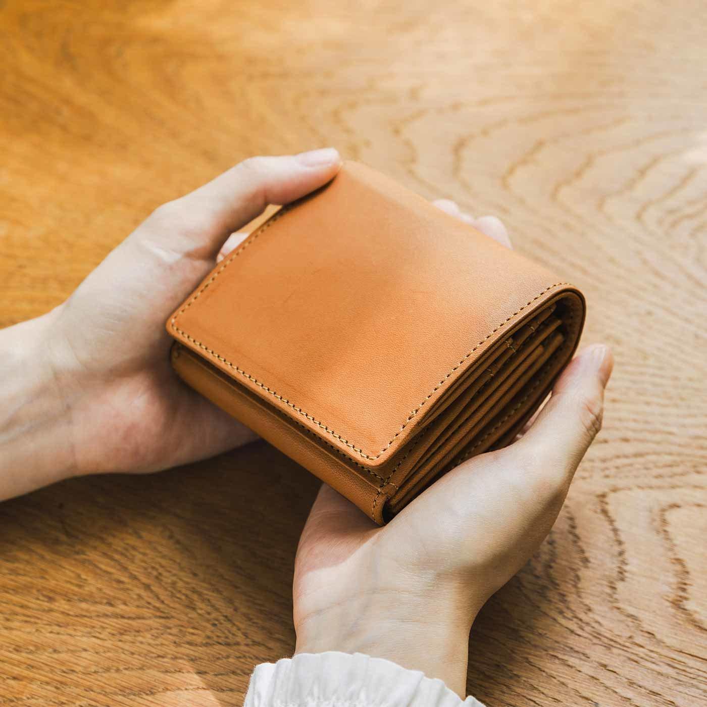 財布職人と作った 職人本革のポケットギャルソン財布〈キャメル〉[本革 財布:日本製]