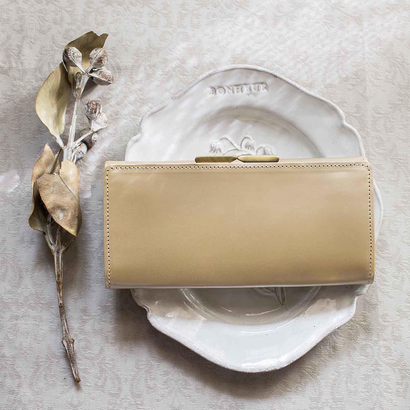 職人が誂えた上質本革がま口付き長財布〈シャンパンゴールド〉[本革 財布:日本製]
