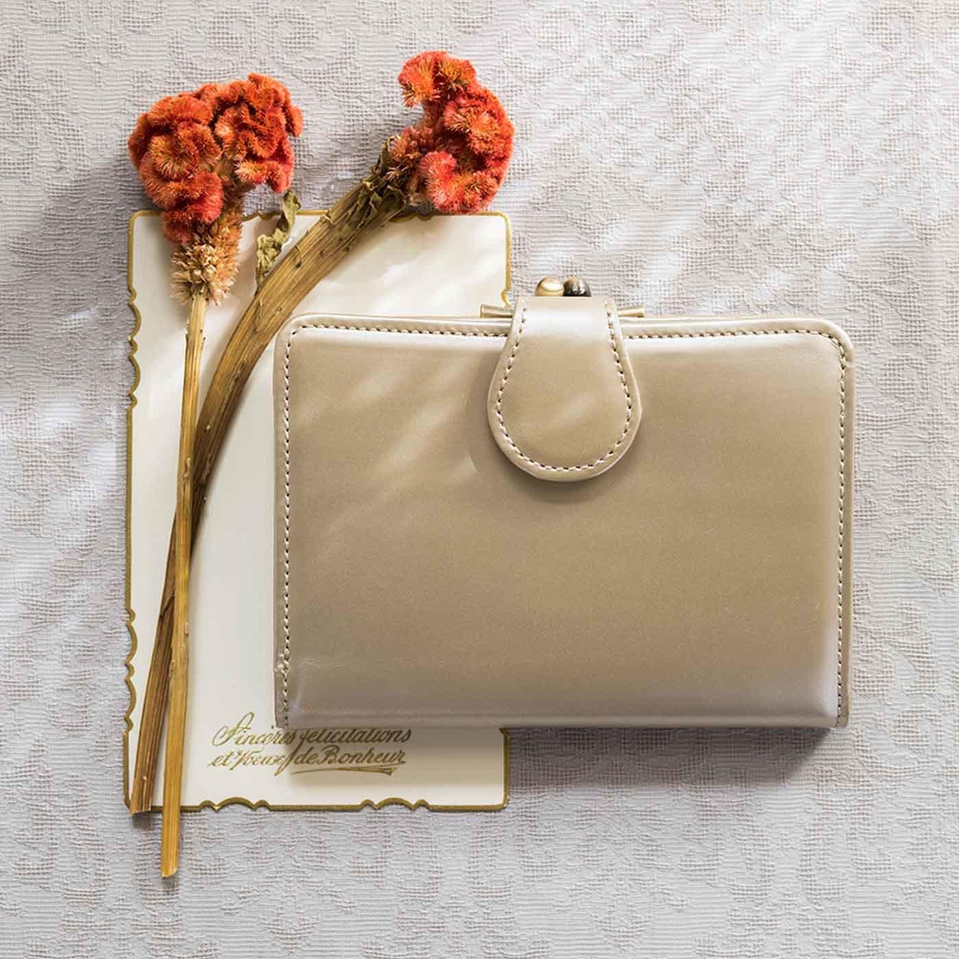 職人が誂えた上質本革がま口付き折り財布〈シャンパンゴールド〉[本革 財布:日本製]
