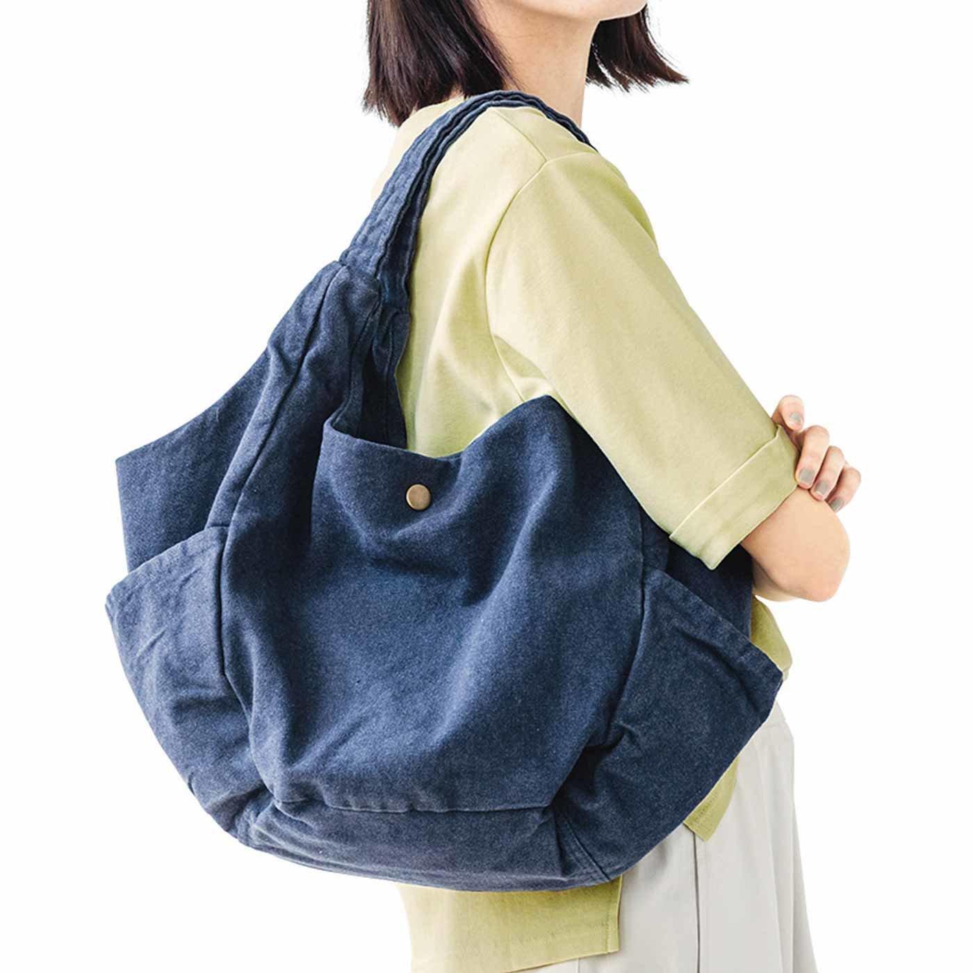 リサイクルコットンから生まれた 7ポケットで使いやすいバルーンバッグの会