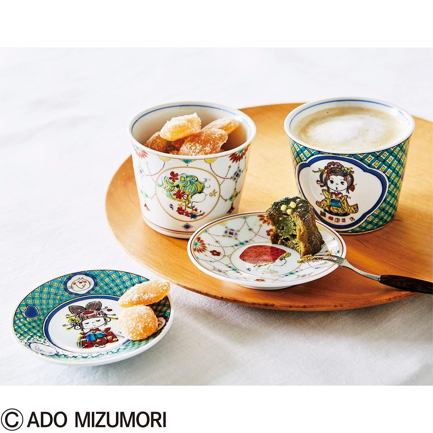 水森亜土 モダンな表情の九谷焼きセット
