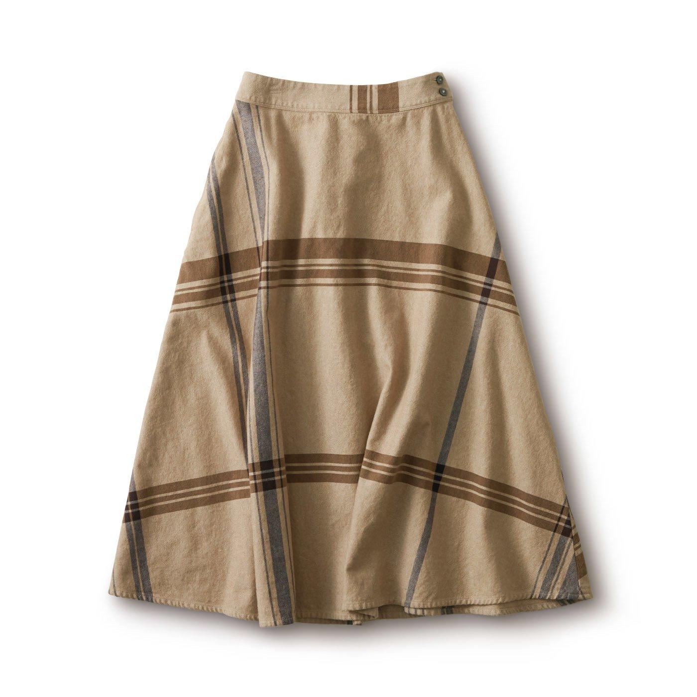 and myera 大きなチェックのスカート