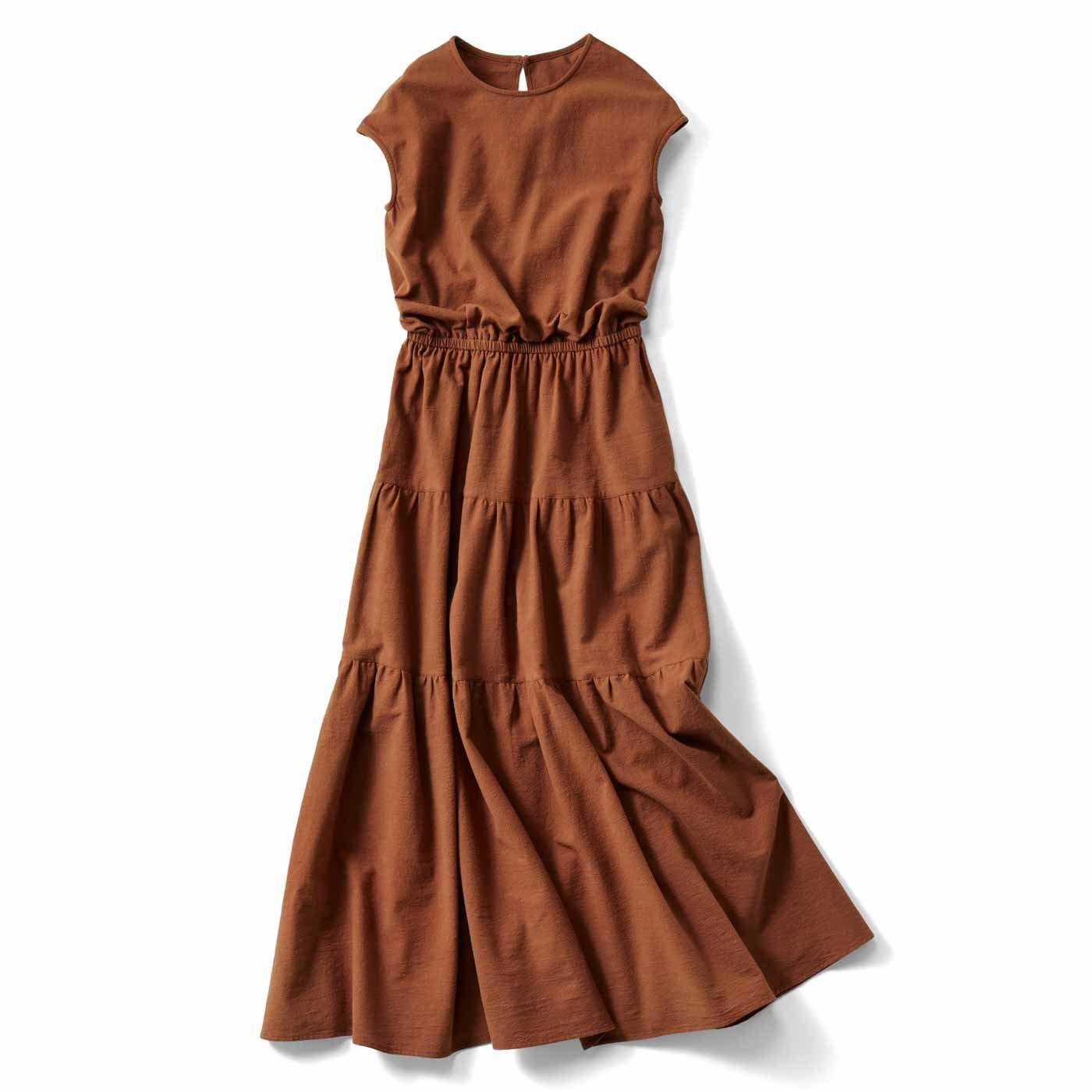 【3~10日でお届け】IEDIT[イディット] ティアードデザインの大人サマードレス〈テラコッタブラウン〉