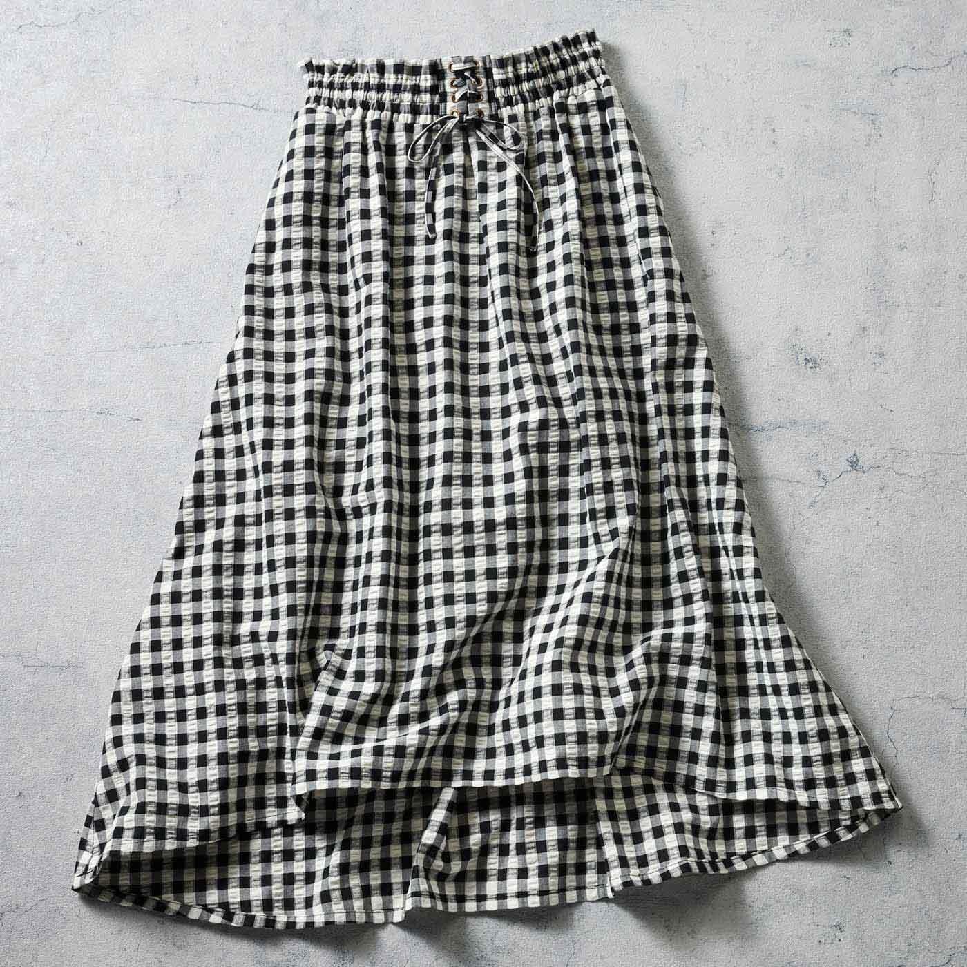 IEDIT[イディット] サッカー素材のギンガムロングスカート〈ブラック〉
