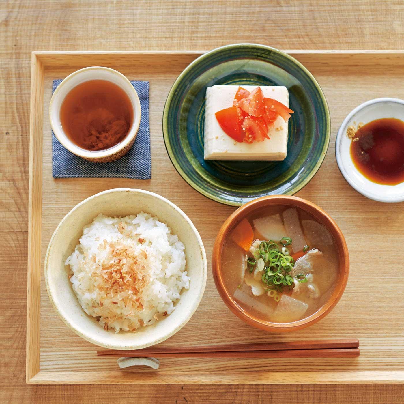 番茶や冷ややっこ、生姜混ぜご飯、豚汁などにササッと混ぜるだけ!