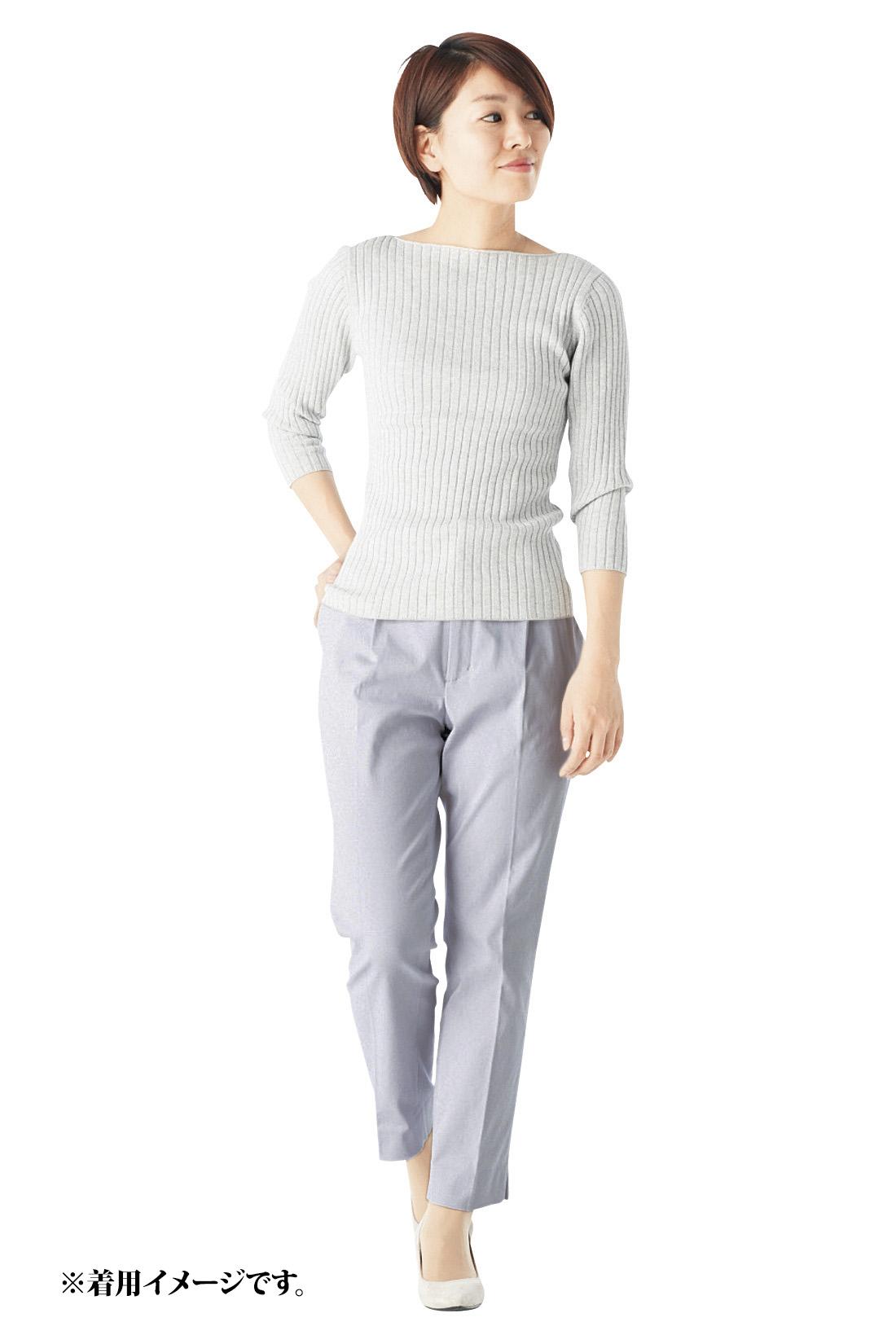 丈感の参考に。(スタッフ着用 身長:158cm 着用サイズ:M)※着用イメージです。お届けするカラーとは異なります。