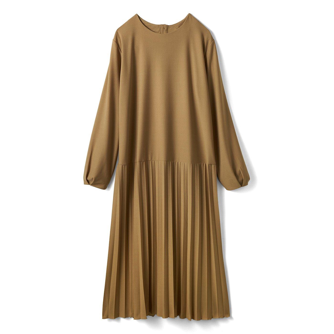 IEDIT[イディット] カットソージョーゼット素材できれいめ快適 プリーツスカート切り替え上品ワンピース〈キャメルベージュ〉