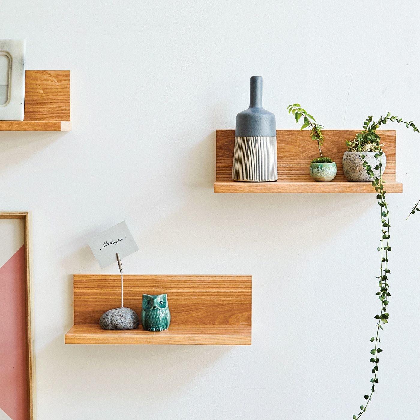 あふれる小物を素敵にディスプレイ 穴が目立ちにくい簡単設置のL字形壁付け棚の会