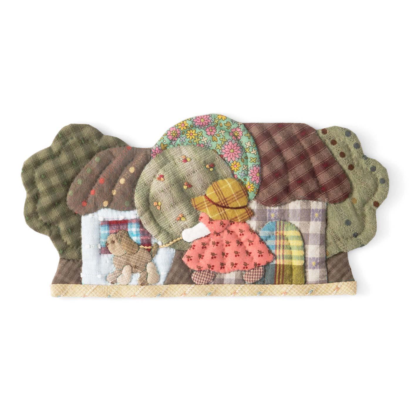 サンボンネット・スーとハウスのタペストリー 縦約12.5cm、横約25.5cm