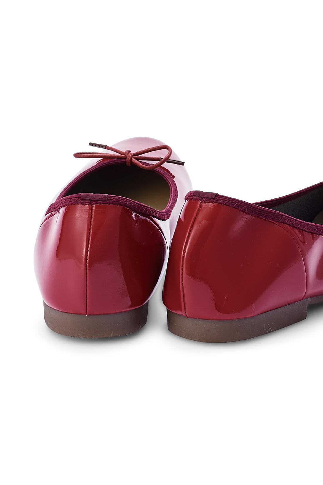 履き口はゴムでかぽっと履けます。 ※お届けするカラーとは異なります。