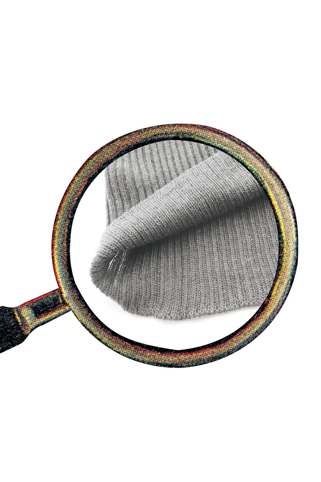 ホールガーメント(R)だから内側に縫い目がなく肌あたり〇。
