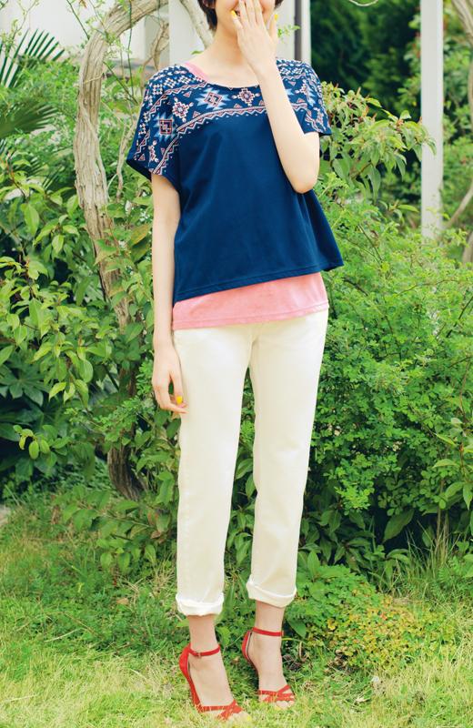 リブ イン コンフォート 顔まわり華やぐ エスニックTシャツ&タイダイ染めタンクトップセット〈ネイビー×ピンク〉