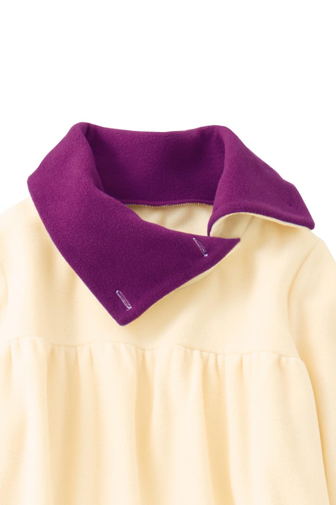 これは参考画像です。ボタンを閉じれば寒がりな首もとがすっぽり包み込まれる、衿高デザインです。