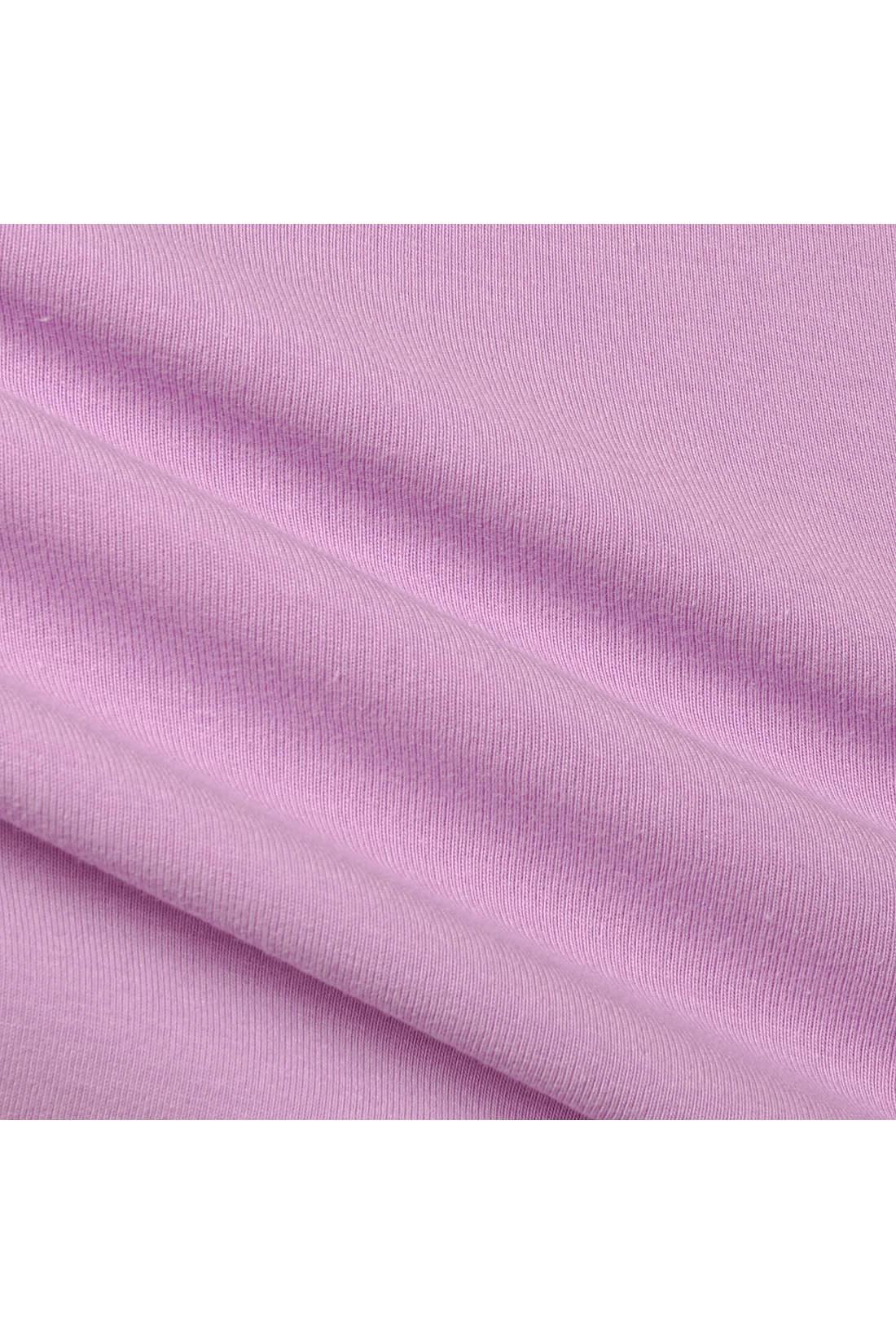 PBPコットンで作ったストレッチ天じく素材を使用。のびやか&なめらかな肌ざわりで大きな動きもらくちん。