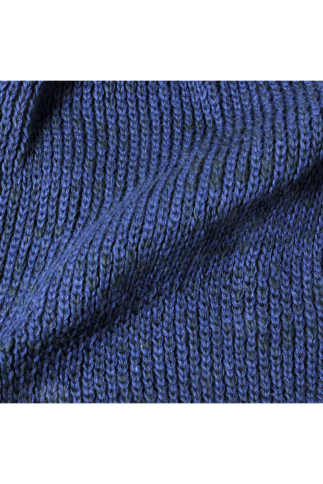 編み地が魅力的。