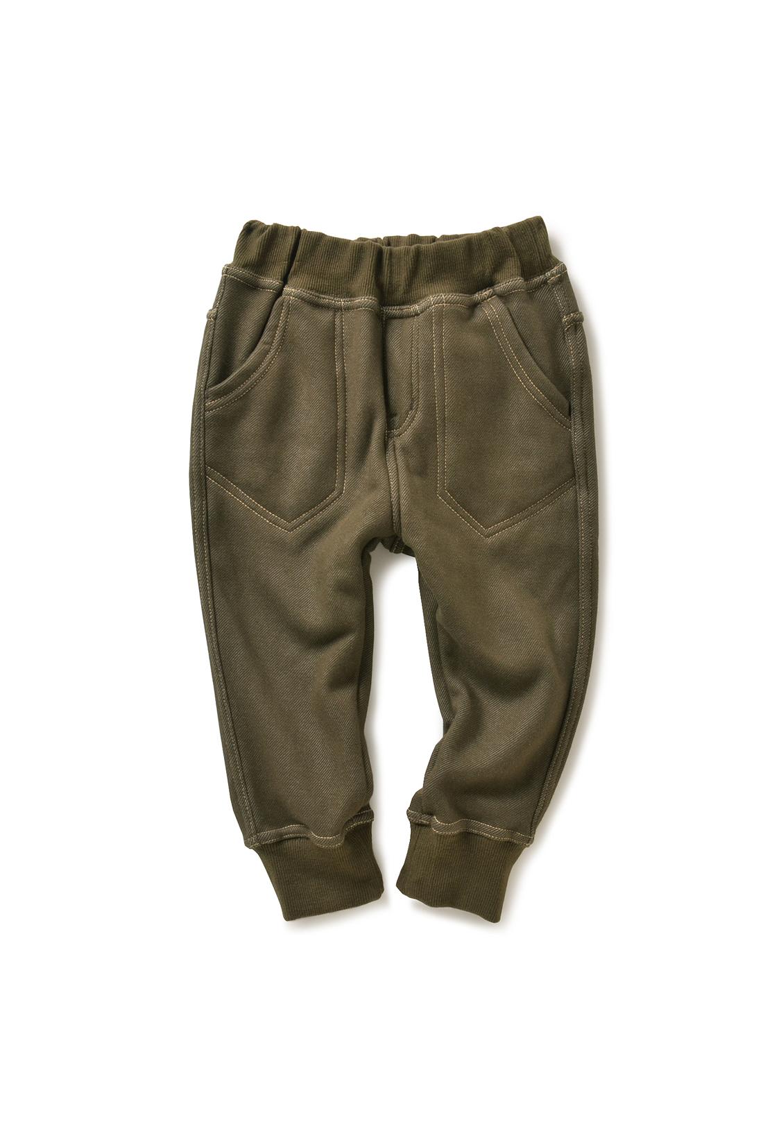 ポケットの内側までボアでぬくぬく。