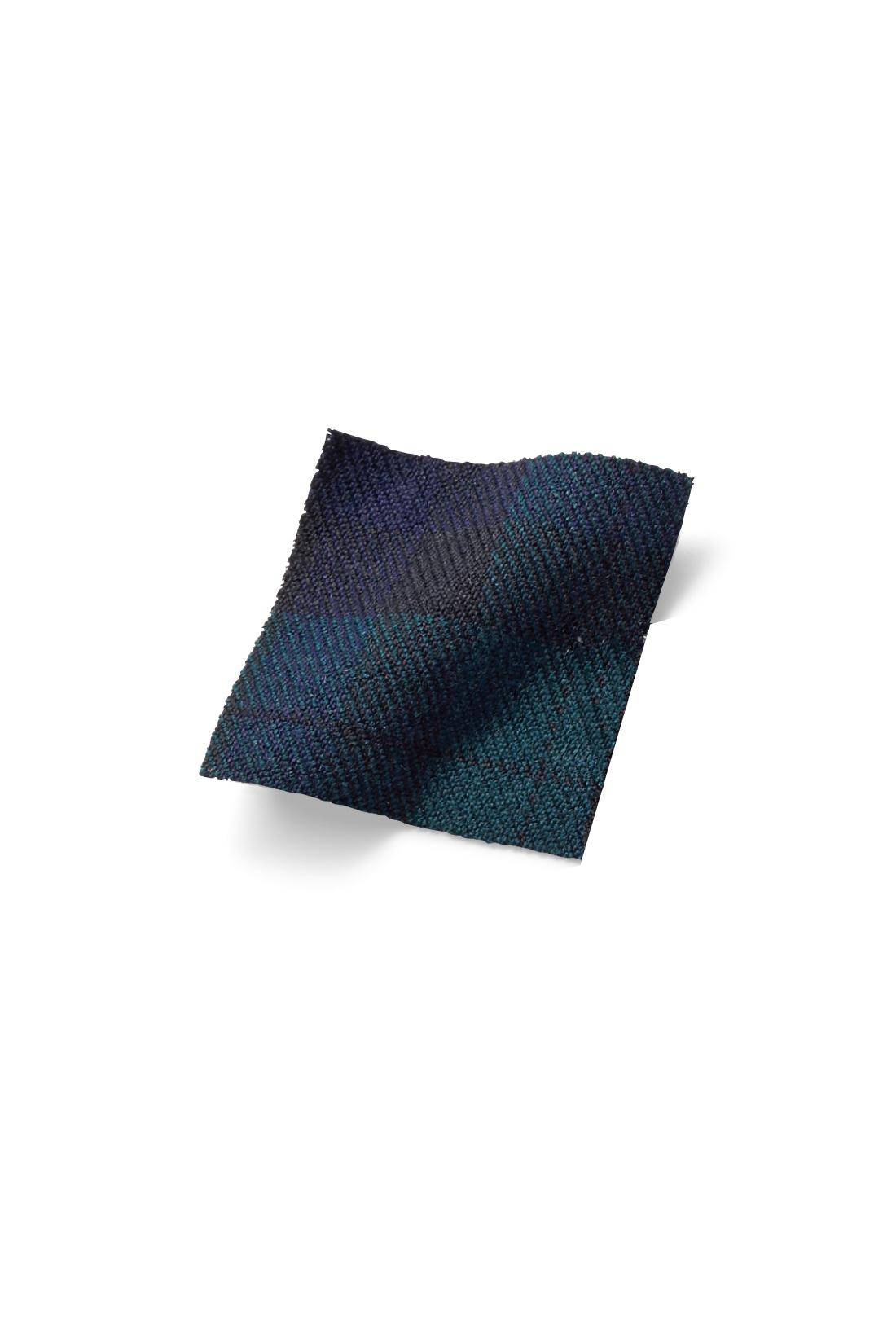 きちんと見えするきれいめストレッチ布はく素材。