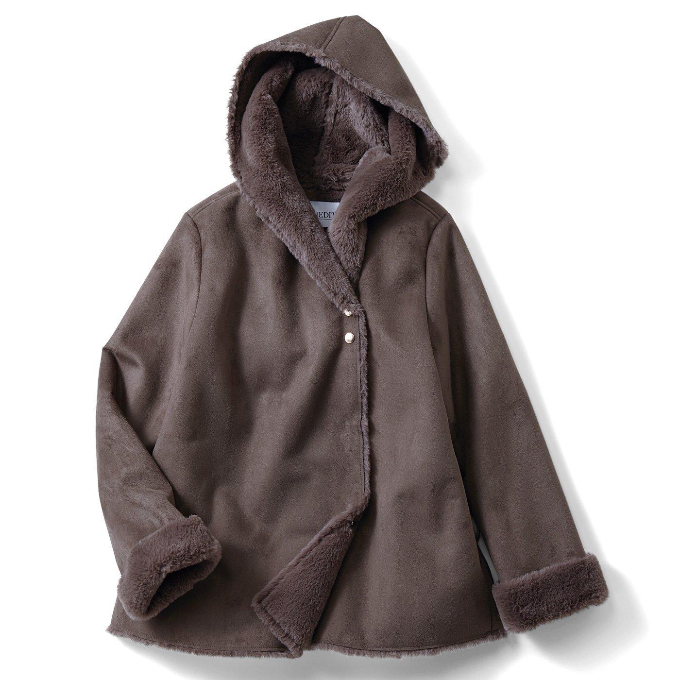 IEDIT 軽やかに着られてどんなボトムスにも合わせやすい ショート丈ムートンコート〈モカブラウン〉