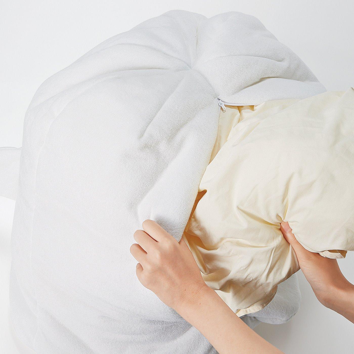 シングル掛け布団が約1枚入るサイズ。春夏の衣類やブランケットの収納にもおすすめ! たっぷり入ります。