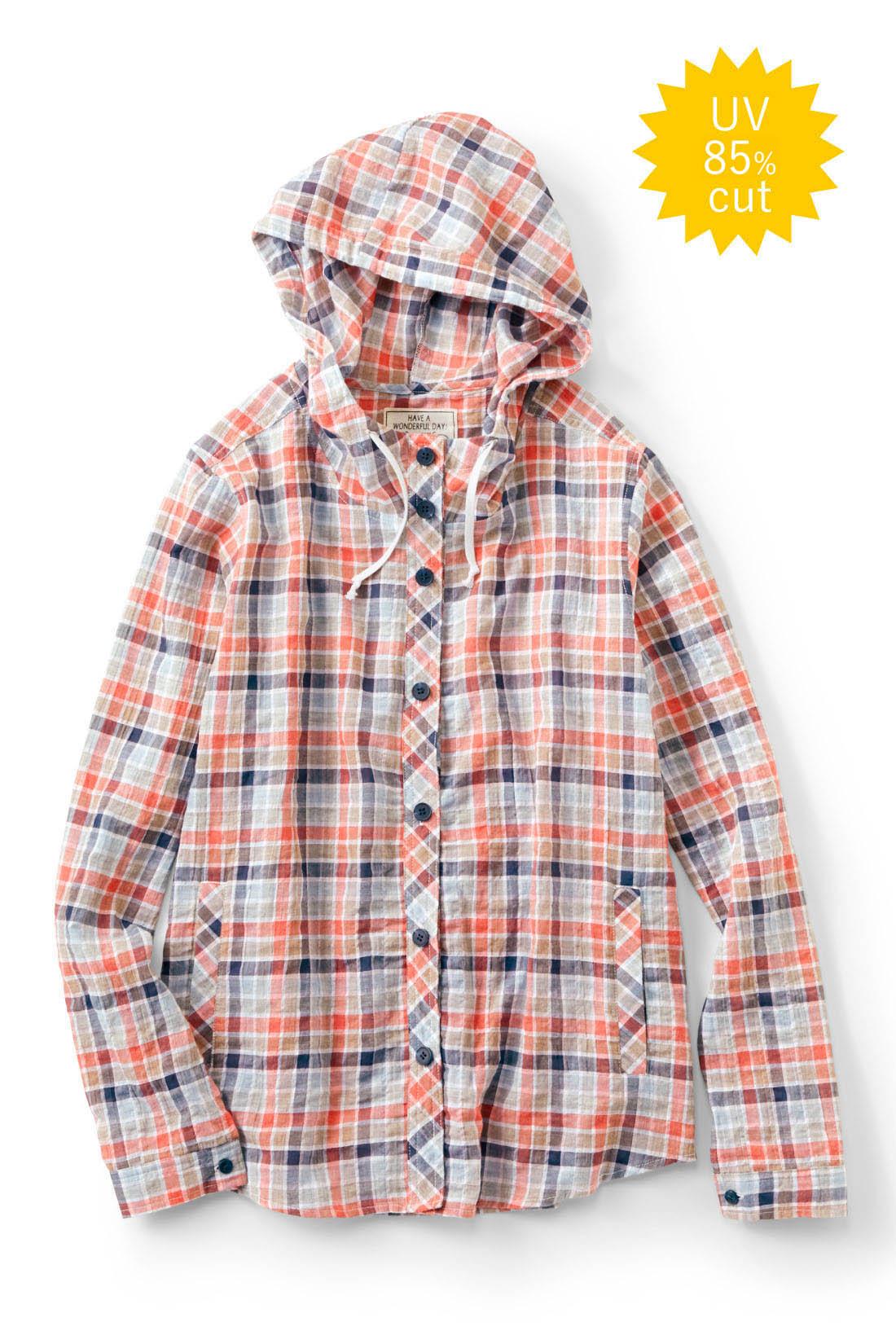 リブ イン コンフォート くしゅくしゅ素材が軽やかな  UVカットシャツパーカー〈ネイビー×レッド〉