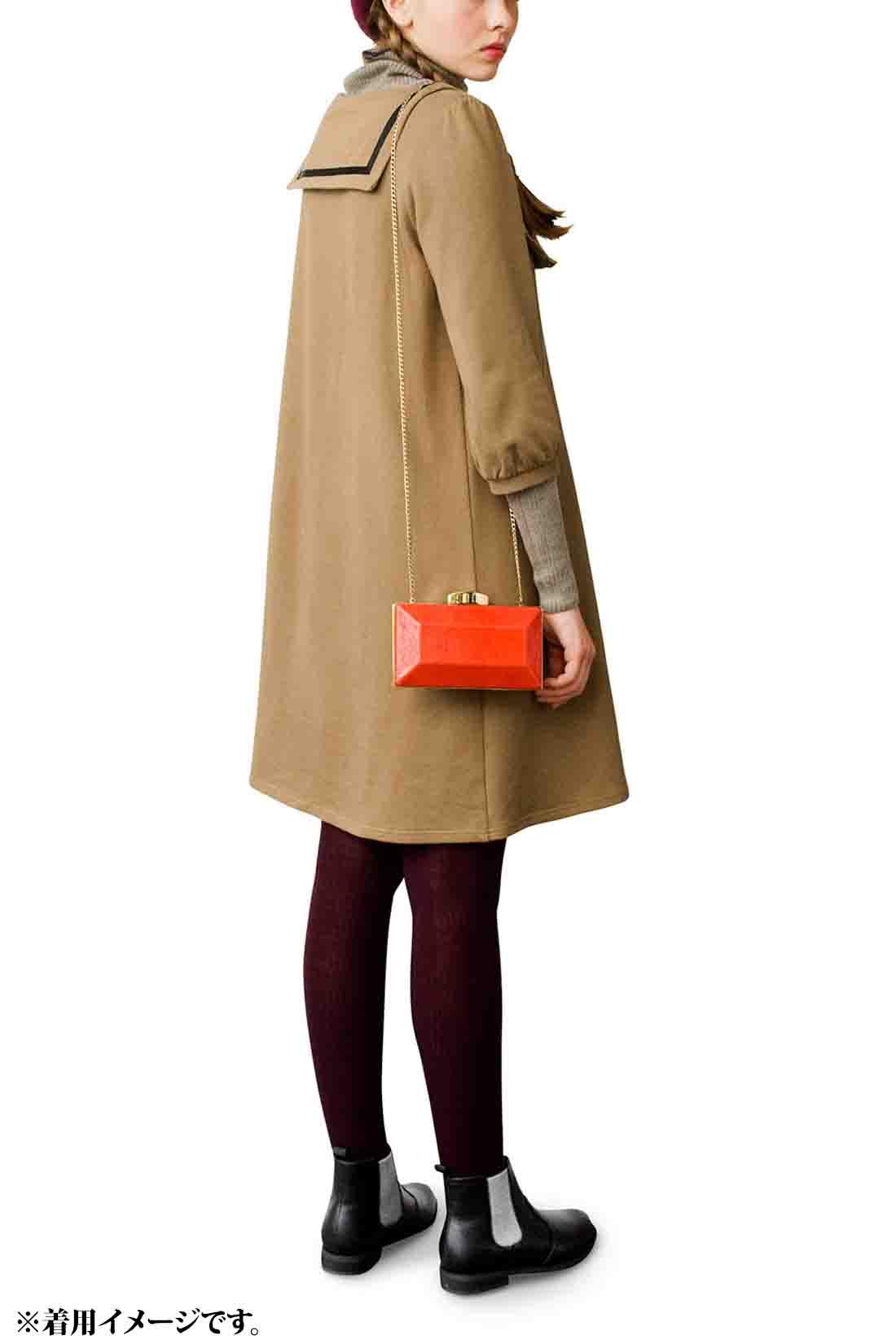 後ろ衿はちょっぴり小さめだよ。 ※着用イメージです。お届けするカラーとは異なります。