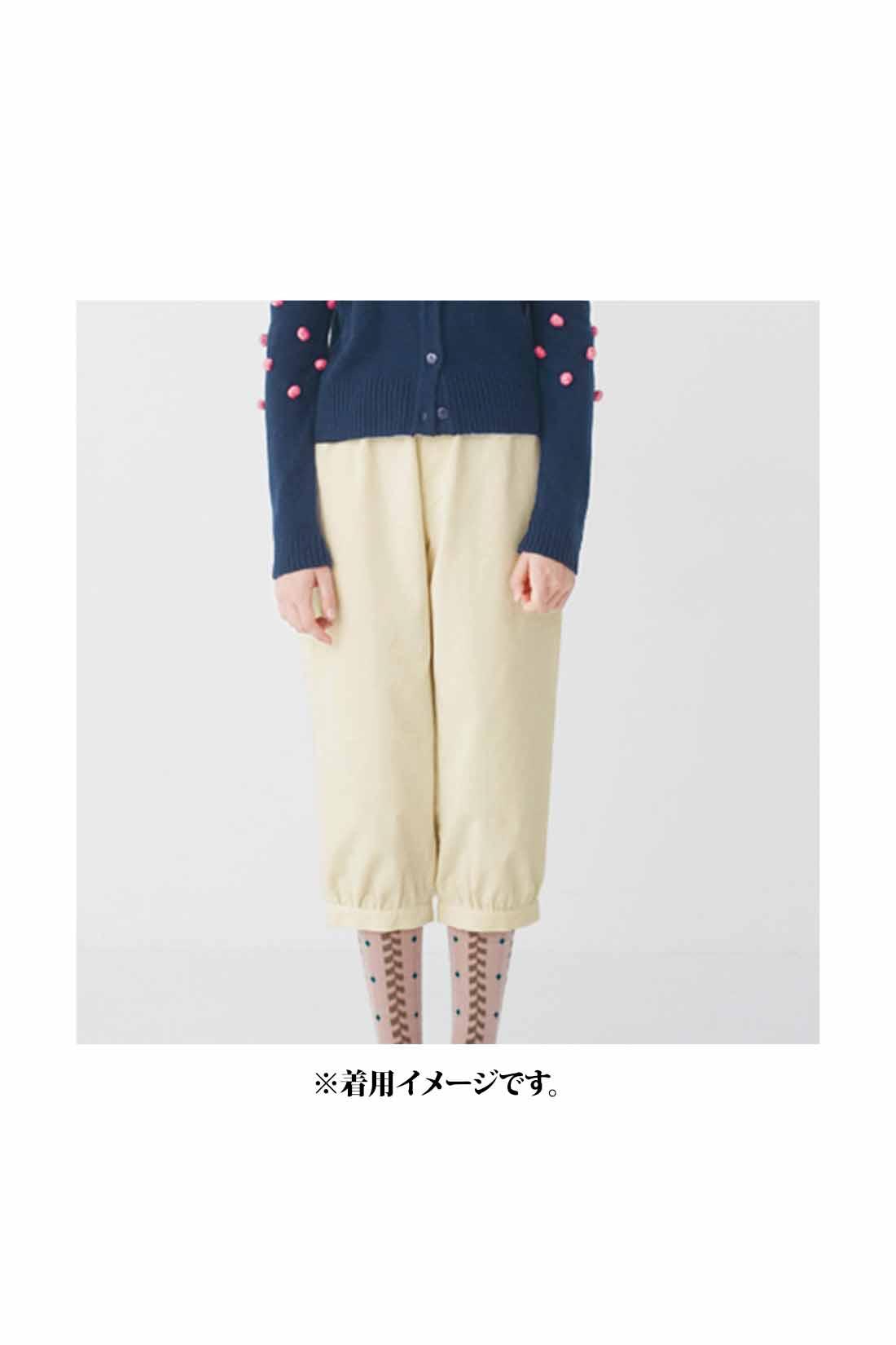 ほどよい厚みがあるので、一枚で着ることができます。 ※着用イメージです。お届けするカラーとは異なります。