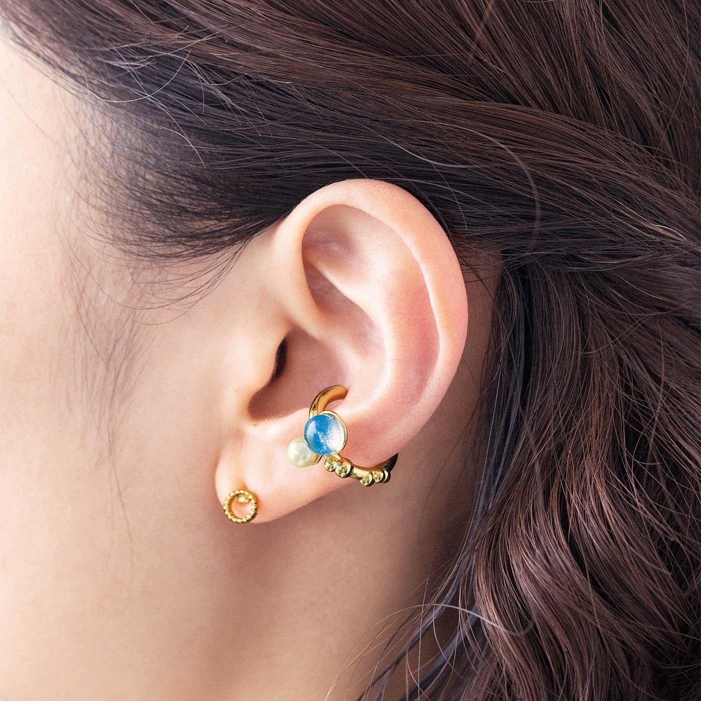 CCP [シーシーピー]|きらめく粒の手づくりガラスとパールの自然モチーフイヤカフ〈片耳〉の会|お手持ちのピアスやイヤリングとあわせても。