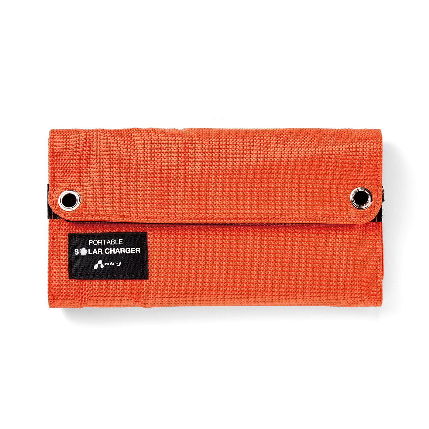 Kraso[クラソ]  持ち運びに便利なコンパクトサイズ ポータブルソーラー充電器 ●1回のお届け内容です。