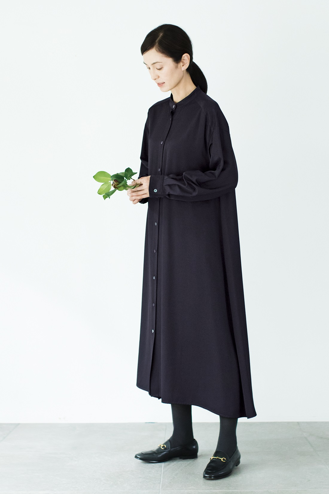 黒シャツ ワンピース